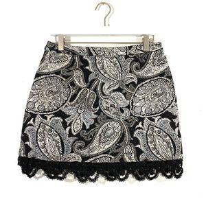 Topshop Tapestry Paisley Lace Trim Black Skirt NWT